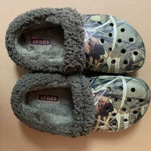 Boys Camouflage Fur Lined Crocs